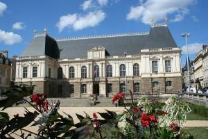 1200px-Parlement_de_Bretagne-2006